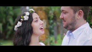 Amazing romantic wedding at Sani Resort Hotel in Greece