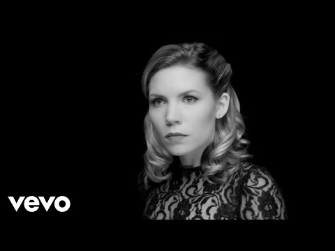 Skylar Grey - Back From The Dead ft. Big Sean, Travis Barker