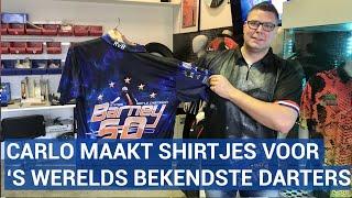 Deze Noord-Hollander maakt de shirtjes van de bekendste darters ter wereld