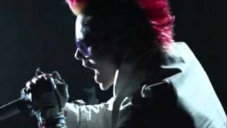 Closer To The Edge - 30 Seconds To Mars (Official Song - Music Video)