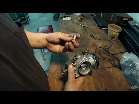 Carburetor Fuel Line Fitting