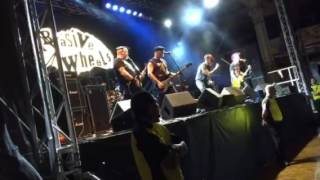 Abrasive wheels - urban rebel live at rebellion festival
