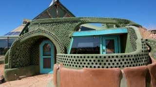 """Earthship Biotecture"": Renegade New Mexico Architect's Radical Approach to Sustainable Living"