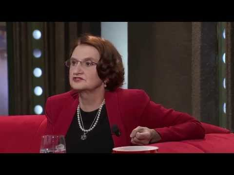 1. Eva Holubová - Show Jana Krause 17. 12. 2014