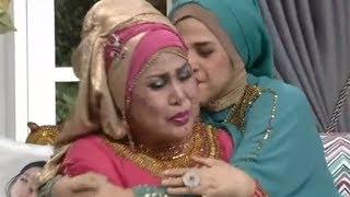 Dhawiya Mengaku Selalu Turuti Tuntutan Elvy dan Sering Buat sang Mama Menangis