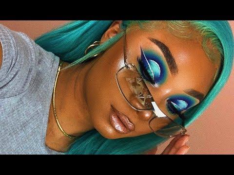Mint Glitter Halo Cut Crease Makeup Look | MakeupTiffanyJ