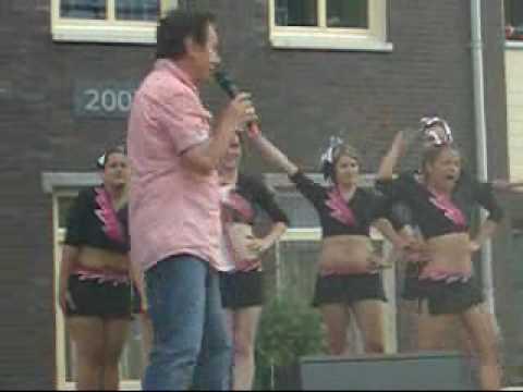 Sensation Cheerleaders bij Zomerspektakel Oeffelt 2010