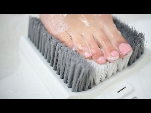 Video Get a foot massage every time you shower