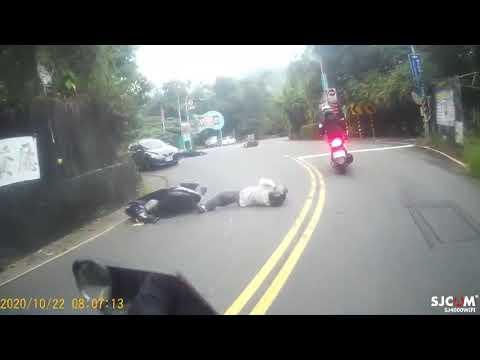 高雄市大社區翠屏路 機車 對撞 車禍