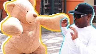 TEDDY BEAR COSTUME SCARE PRANK IN PUBLIC!