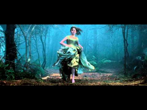 Into the Woods (TV Spot 'Christmas Day')