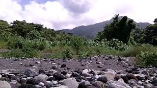 preview picture of video 'St.Vincent    Wallilabou River -- Caribbean Sea'