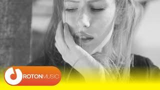 John Rivas - Love Me (Official Music Video)