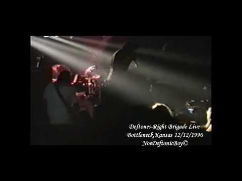 Deftones - Right Brigade (Bad Brains Cover) Live @ Bottleneck Lawrence, Kansas 4/11 Live 12/12/1996