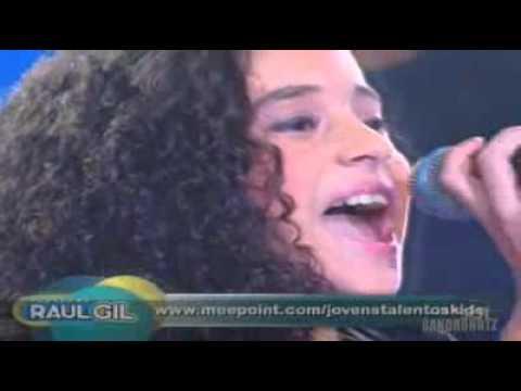 Brazilians Got Talent 2011 - Amazing Grace - Jotta A - The Best Kids