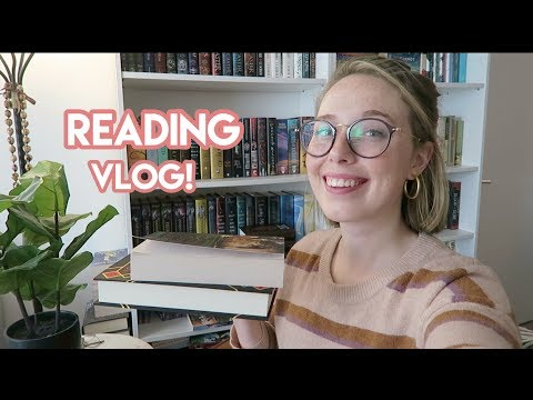 READING VLOG: Pumpkin Patches + 550 Pages Read!