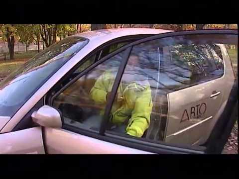 Фото к видео: Наши тесты - Renault Scenic (2007)