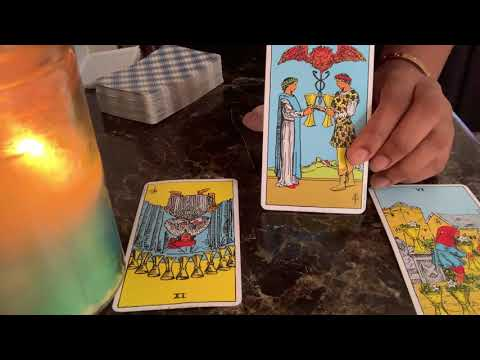 """Pisces Love Tarot  """"Let go of the past and enjoy the Present"""" Mid- End July 2019"""
