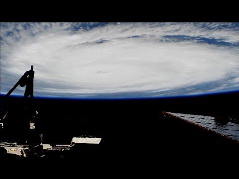 Rymdstationen passerar över orkanen Irma