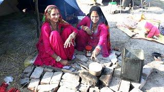 RAJASTHANI VILLAGE WOMEN MAKING TEA ON WOOD FIRE❤Village Life of India❤IndianRuralLife❤Villager life
