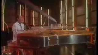 LAUGHTER IN THE RAIN - Neil Sedaka - 歌詞がやばい。泣ける