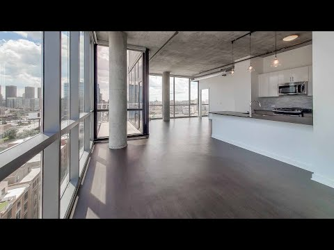 An -06 3-bedroom, 3-bath penthouse at the full-amenity Reside on Green Street