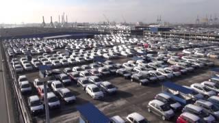 preview picture of video 'Oktokopterflug am Autoterminal Bremerhaven'