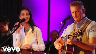 Joey+Rory - Suppertime (Live)
