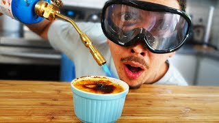 Cuisiner avec des lunettes bourrées