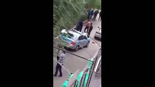 Драка с полицейскими в Зачаганске (ЗКО). Полное видео