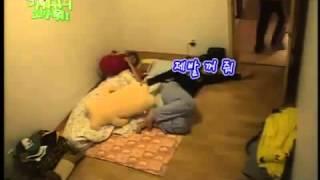 *Kim Hyun Joong (método Para Apagar La Luz 4D)*