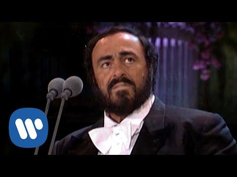 "Luciano Pavarotti Interpreta ""Ave María"""