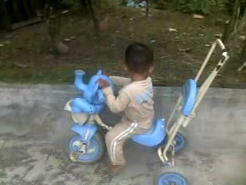 Belajar Naik Sepeda Dorong dan Moge
