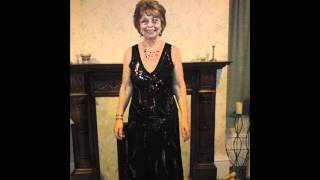 bradyGIRL sings I Don't Want to Talk About It.wmv