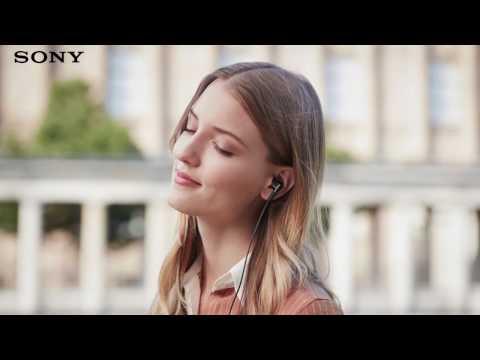 Наушники-вкладыши Sony XBA-N1AP видео 1