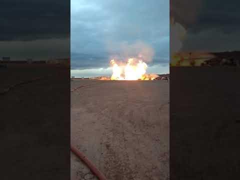 YPF no logra apagar un incendio en un pozo de Vaca Muerta