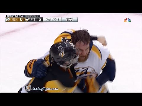 Chris Kunitz vs. Yannick Weber
