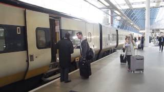 preview picture of video 'Boarding Eurostar train at St. Pancras Station in London'