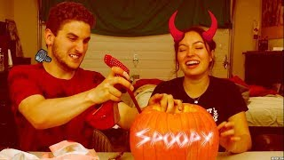 CARVING A PUMPKIN WITHOUT KNIVES W/ Tori Vasquez