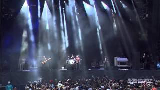 Arctic Monkeys ft. Josh Homme (QOTSA) - Knee Socks @ Austin City Limits 2013