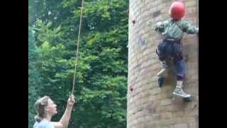 preview picture of video 'Eidechse1710 Kinderklettern Kletteranlage DAVHF in Wiesenburg'