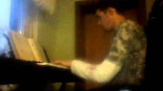 Claude Kelly - I Hate Love (piano Cover)
