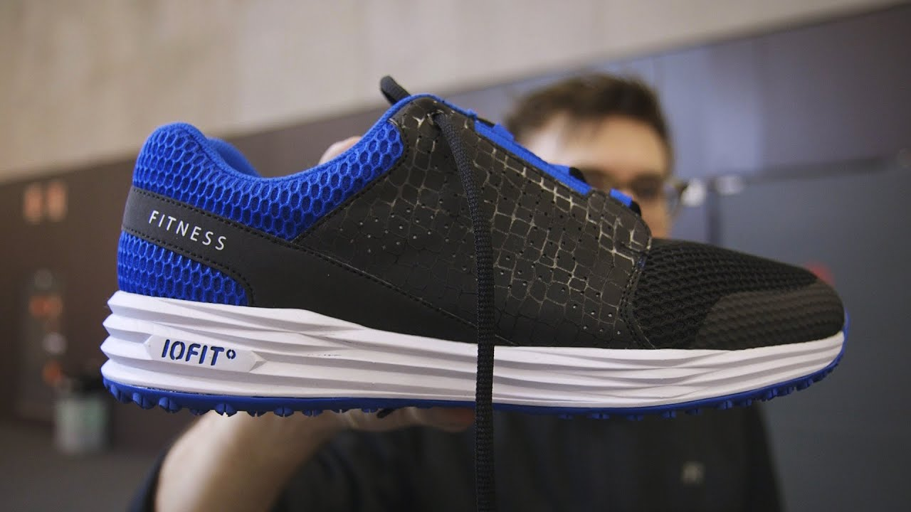 Samsung helped make these smart shoes thumbnail