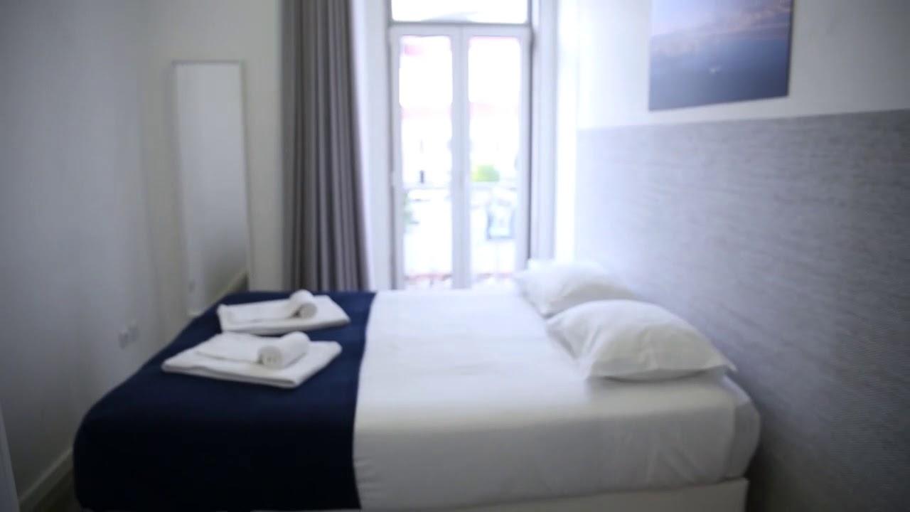 Beautiful 2-bedroom apartment for rent in Alcântara
