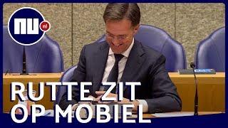 Kamerlid wijst Rutte terecht om gebruik telefoon tijdens debat | NU.nl