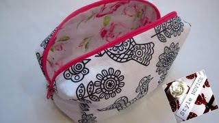 {Step By Step Sewing} DIY Make Up Bag