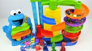 Aprende Colores con Tobogán de Juguete y Canicas Marble Maze! Juegos Infantiles