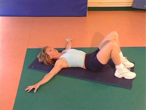 Les exercices pour le renforcement des muscles des mains et le dos chez le nourrisson