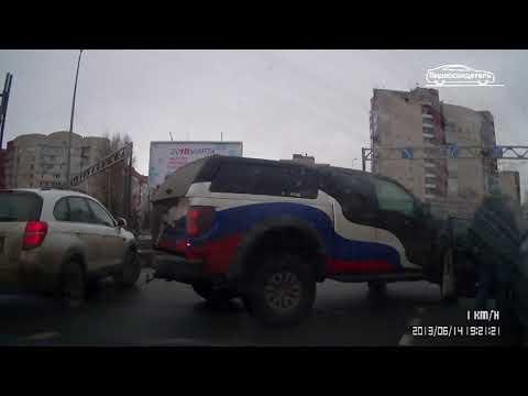 Несколько автомобилей столкнулись в Сестрорецке