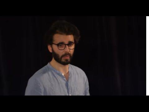 TEDxPanthéonSorbonne Comment j'ai appris à aimer sans mon téléphone Marc-Antoine Colaciuri